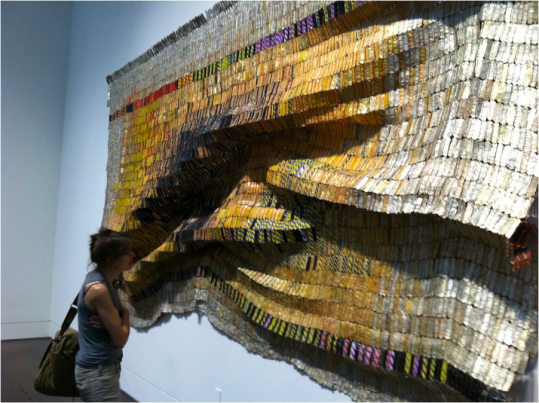 http://www.the-art-minute.com/wp-content/uploads/2011/10/el-anatsui-2.jpg