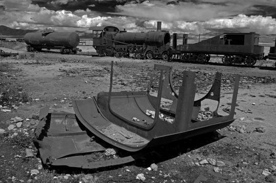 Alessandro Ciapanna DSC_2298_bolivia_train_roof_DRAMA