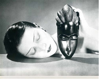 Man Ray 1926 Kiki-de-Montparnasse http://www.wikiart.org/en/man-ray/black-and-white